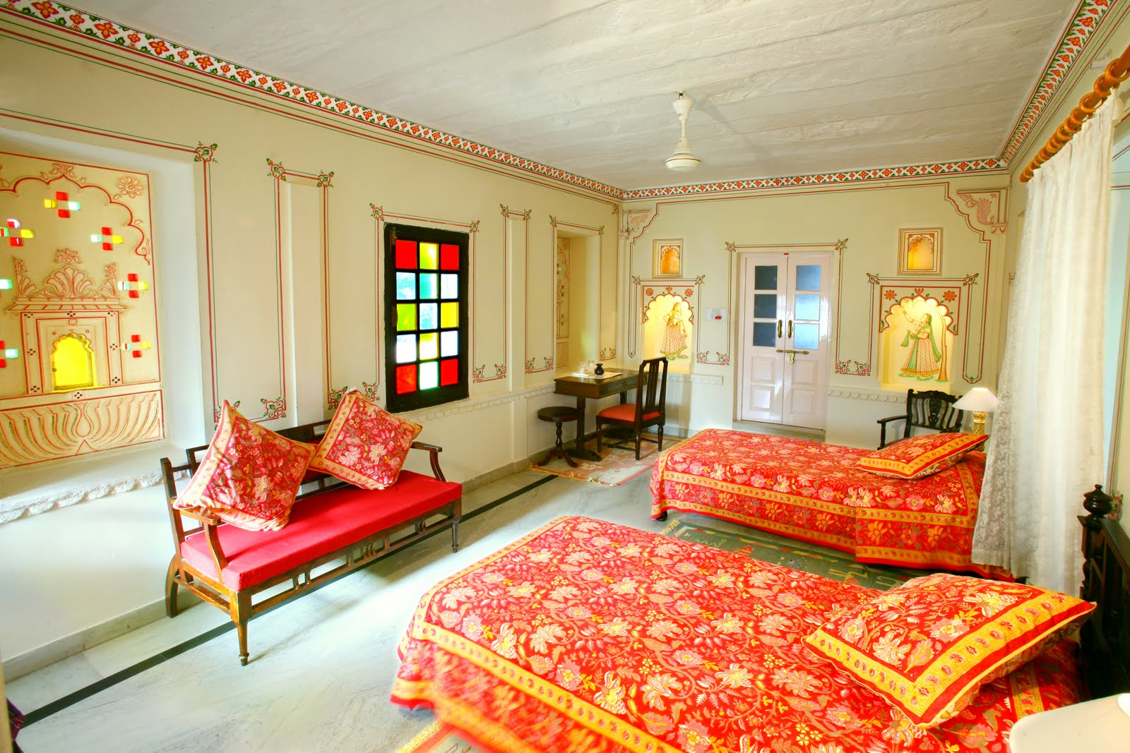Rajasthani style interior design ideas palace interiors for Indian traditional interior design ideas