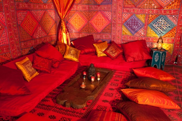 Rajasthani style interior design ideas palace interiors for Arabian tent decoration