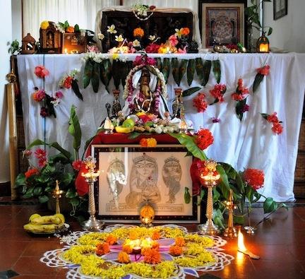 Ganesh chaturthi decoration tips ideas ganpati decor for Ganpati decorations for home photos