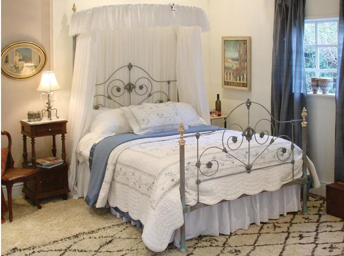 Four Poster Bed Types Poster Beds Designs India