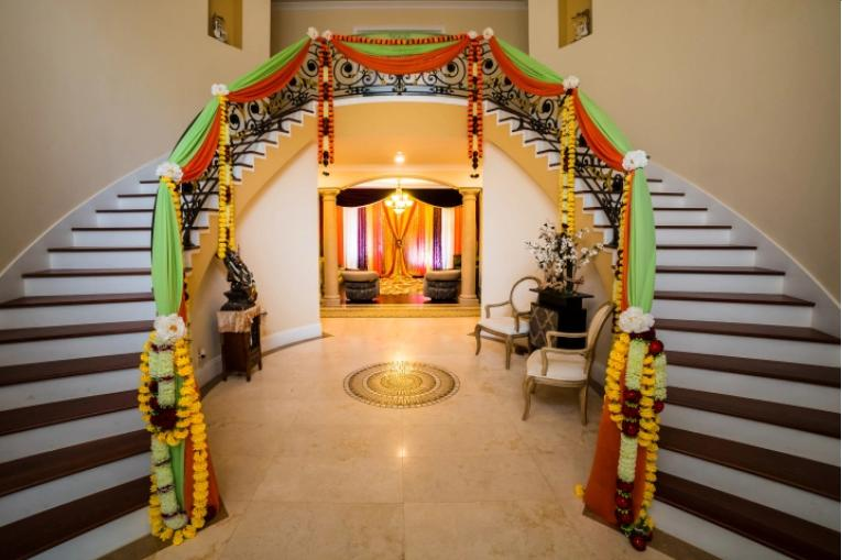 Indian wedding house decoration home decor ideas for indian wedding wedding staircase and railing decoration junglespirit Images