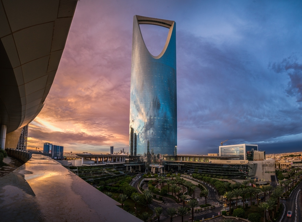 Four Seasons Hotel Riyadh at Kingdom Tower, winner at the Middle East Hotel Awards 2015