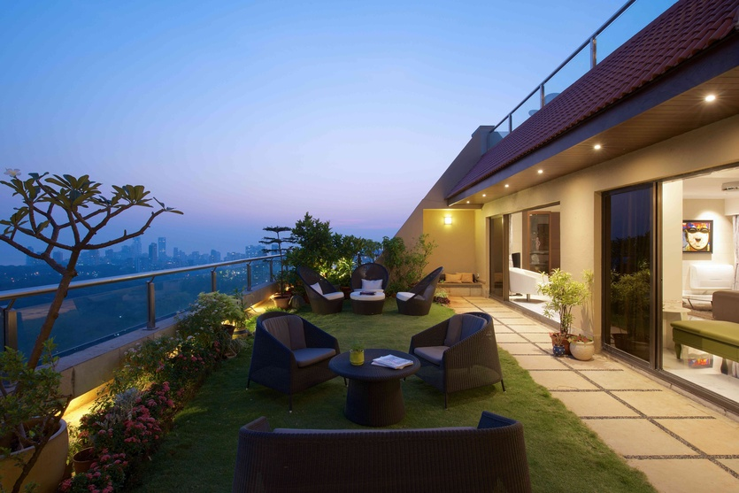 Balcony designs types balcony decorating ideas tips for Terrace shed designs india