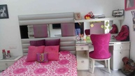a young teenage girls room