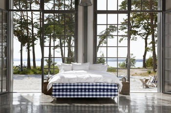 Hästens Luxuria Continental Bed