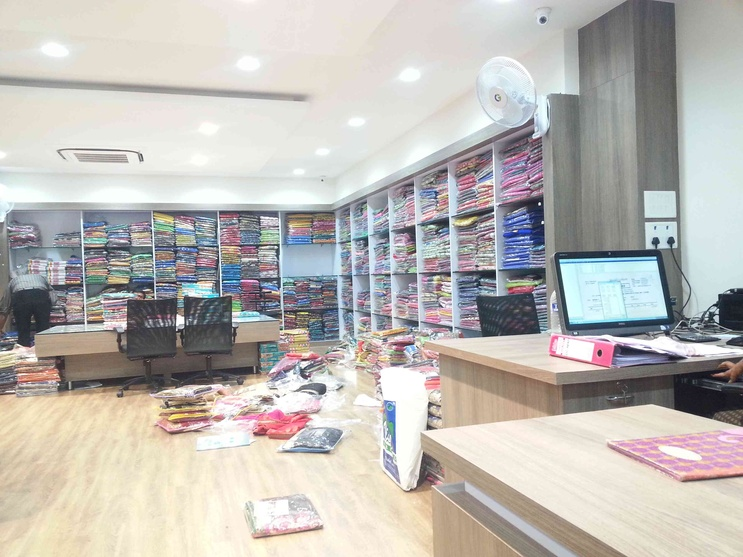 completed wholesale showroom for m s peetex sarees by