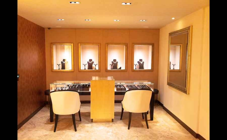 Jewellery Show Room By Shahen Mistry Interior Designer In Mumbai