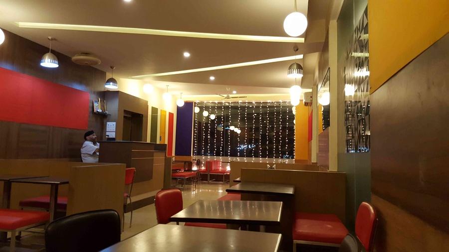 Multi cuisine restaurant by kloudbridge interior designer