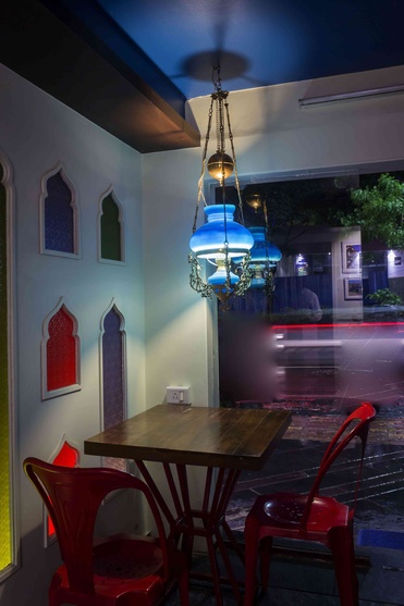 Zouq restaurant by veerdhaval desai interior designer in
