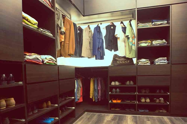 Closet Designed by: Shahen Mistry