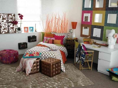 DIY Kids Room Decorating with Ottoman and area rug.