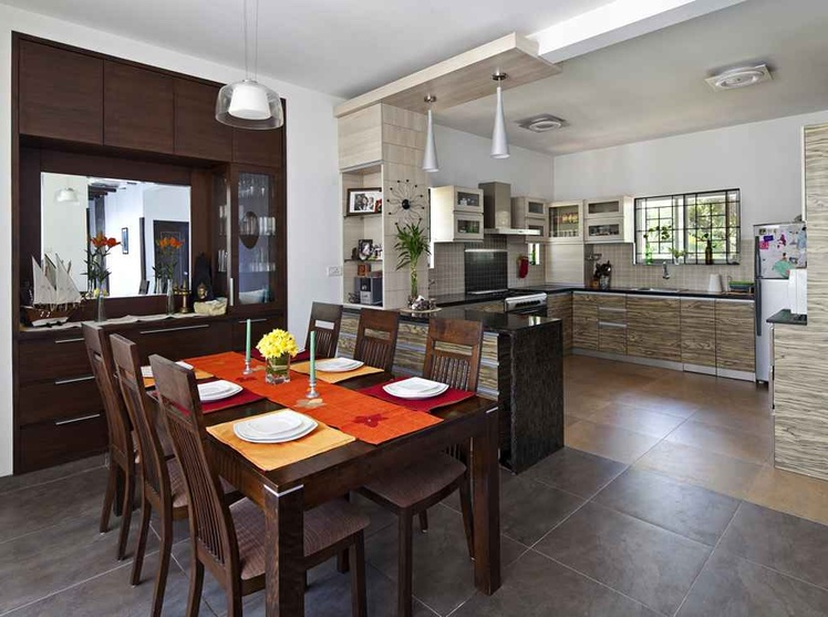 Villa interiors for siji rehana and sudeep parambath by for Interior design for dining area