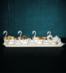 Tray with 4 Swans