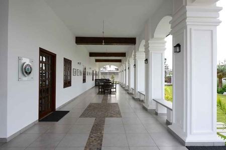 Delhi office soniya kapoor 5
