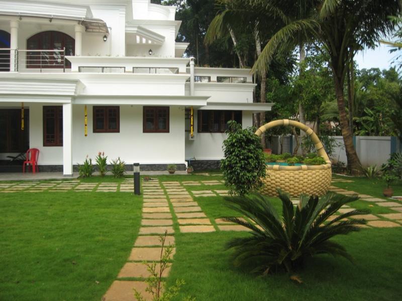 Landscape architecture architect house landscaping for Kerala garden designs