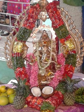 Ganesh chaturthi home decorations decorating ideas for Decorations for ganesh chaturthi at home