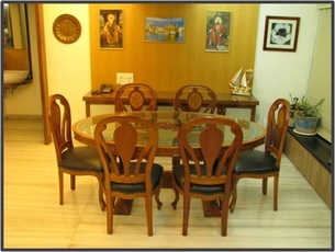 Dining Room Decorating Idea by Ar. Shamank Consultancy Services Pvt. Ltd.
