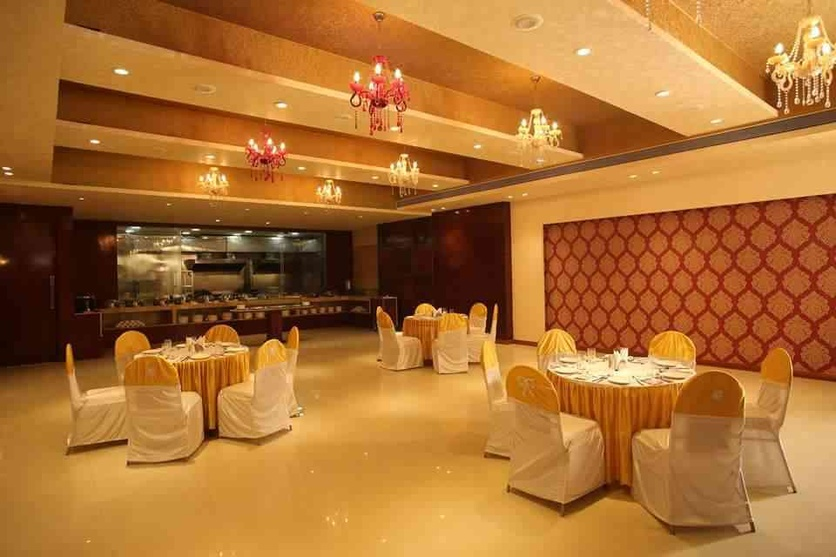 Banquet hall design by ishita joshi interior designer in for Hall interior design