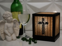 Sustainable Handmade Sylvn Studio Jesus Cross Table Lamp