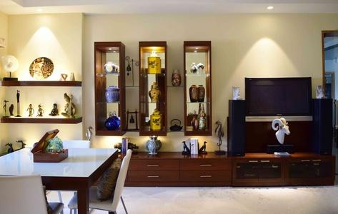 Interior Designer. Hidden Gallery