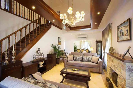 Traditional wood railings