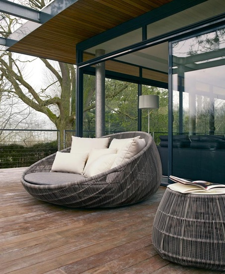 Canasta 13 Outdoor Sofa