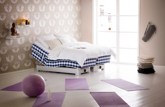 Hastens Novoria Adjustable Bed