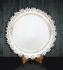 Tray with Flower Edges