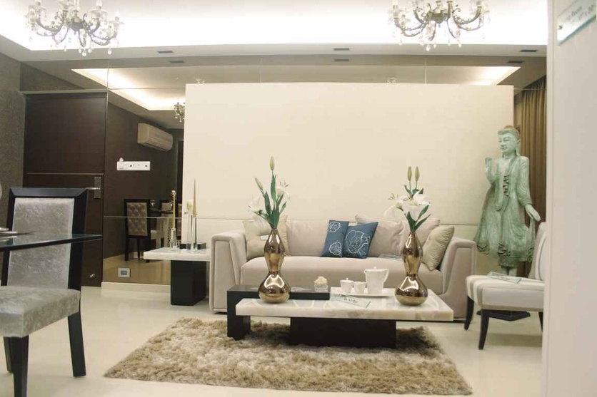 Rna continental 2bhk by shahen mistry interior designer for Living room zen style