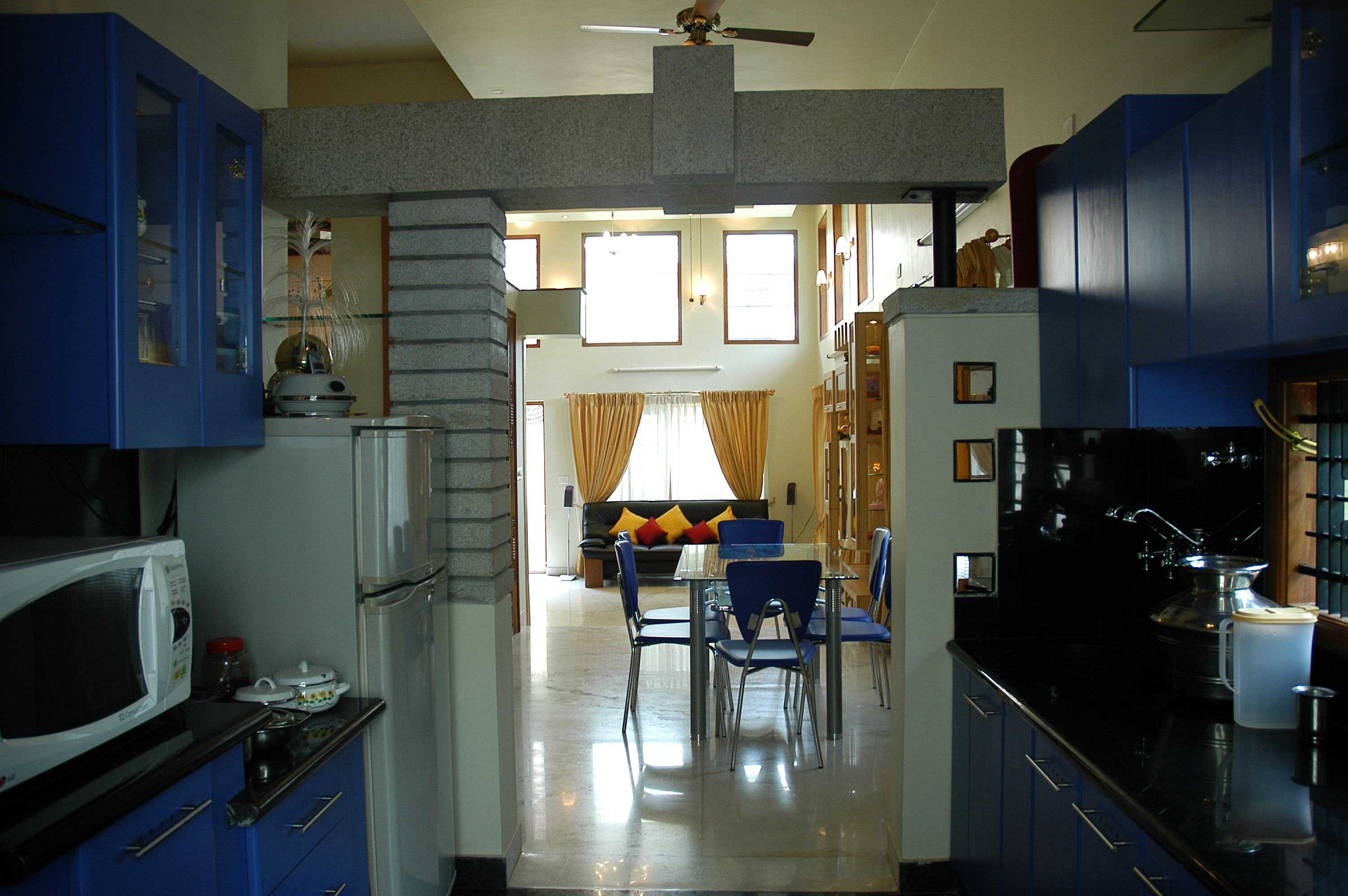Residential projects of vijay kumar zingyhomes for Open kitchen designs india