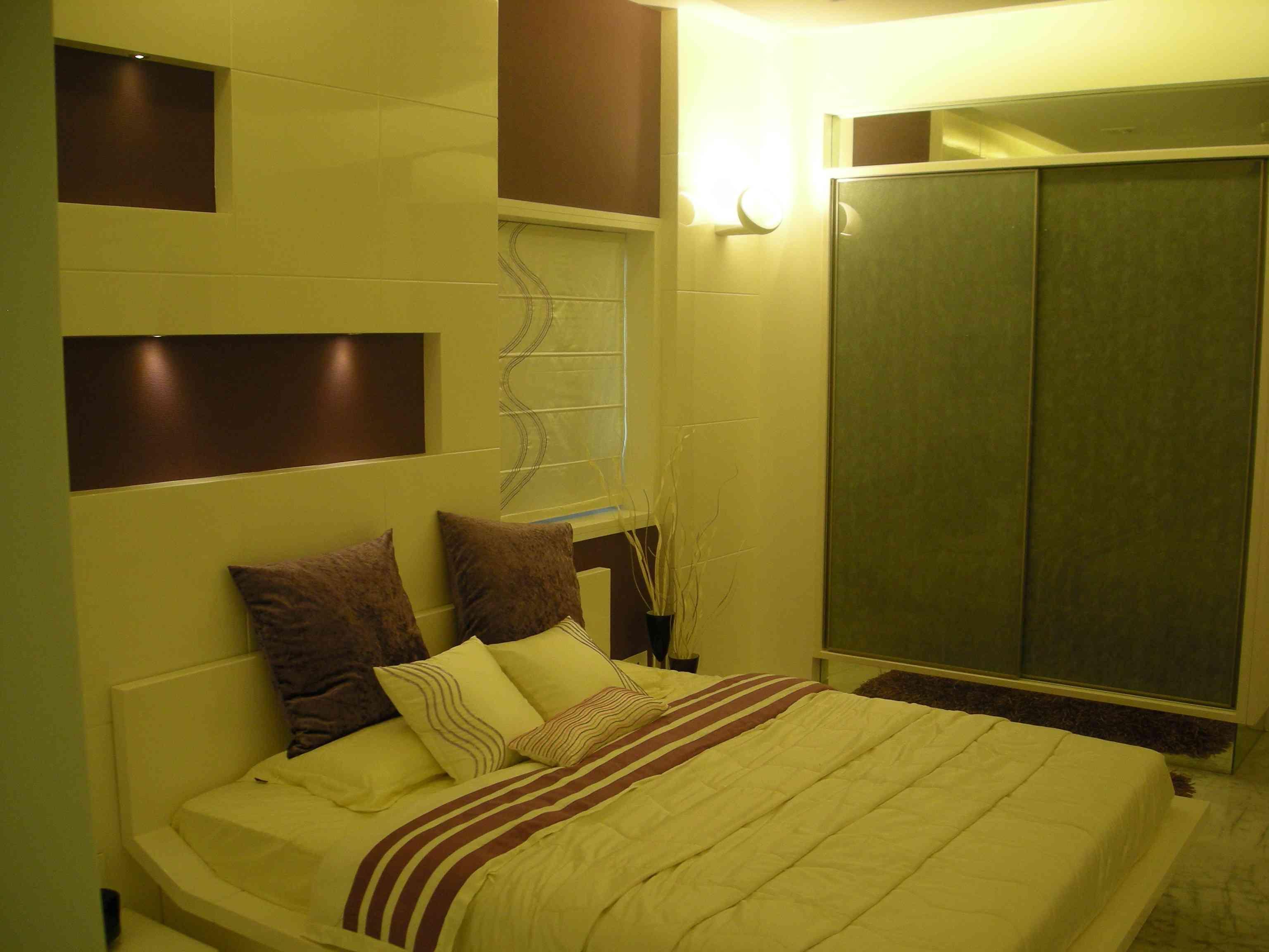 West bengal master bedroom design and kolkata on pinterest for Bengals bedroom ideas